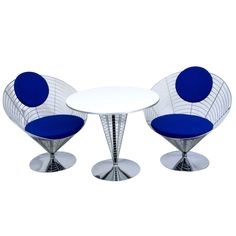 20th Century wire work table and two chairs by Panton