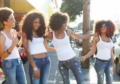gotta do this with friends, jeans+ white cami+ natural hair= model look!!!