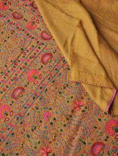 Hand Embroidered Palledar Border Pashmina Shawl