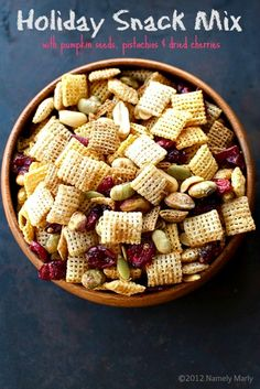 Party Chex Mix - the perfect stress relief for family dinners! #snackmix #holiday