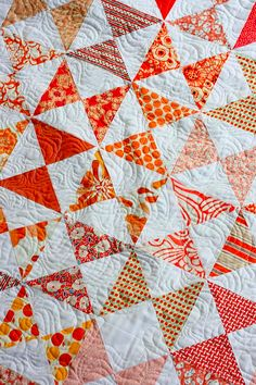 fresh modern quilts - the sometimes crafter - hourglass lap quilt - orange sherbert
