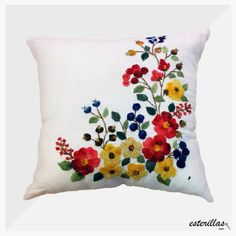 Cushion Embroidery, Hand Embroidery Patterns, Ribbon Embroidery, Cross Stitch Embroidery, Machine Embroidery Designs, Embroidered Towels, Embroidered Cushions, Mexican Embroidery, Cross Stitch Rose