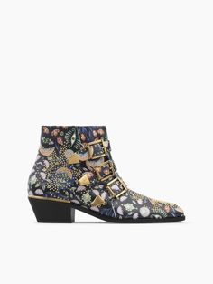8d8dffdea588 Discover Chloé Susanna Ankle Boot and shop online on CHLOE Official Website.