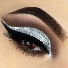 Unique API key is not valid for this user. crease paso a paso crease tutorial crease eyeshadow cut crease Prom Makeup For Brown Eyes, Silver Eye Makeup, Glitter Eye Makeup, Eye Makeup Tips, Blue Eyeshadow For Brown Eyes, Makeup Ideas, Blue Eyeliner, Easy Makeup, Makeup Products