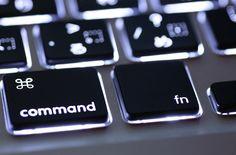 23 nových klávesových zkratek ve Windows 10 - iDNES.cz Windows 10, Computer Keyboard, Microsoft, Internet, Computer Keypad, Keyboard