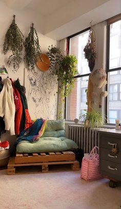 Room Ideas Bedroom, Bedroom Decor, Bedroom Inspo, Indie Room, Pretty Room, Aesthetic Room Decor, Dream Rooms, Cool Rooms, My New Room