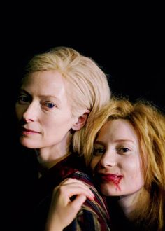 Movie stills - Only Lovers Left Alive (2013) - Tilda Swinton and Mia Wasikows