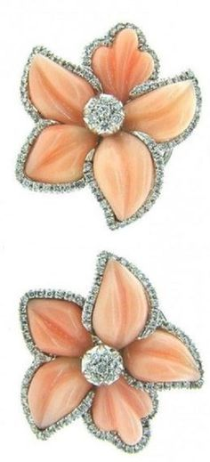 Pre-owned White Gold Angel Skin Coral & Diamond Flower Earrings Coral Orange, Coral Color, Yellow, Shades Of Peach, Coral Jewelry, Just Peachy, Diamond Flower, Brilliant Diamond, Pantone Color