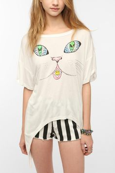 UNIF Acid Cat High/Low Oversized Tee
