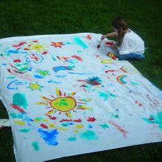 30 super cool summer hacks for kids. Including this lawn art idea Outdoor Summer Activities, Outdoor Fun, Outdoor Games, Art Activities, Kid Activites, Activity Ideas, Business For Kids, Summer Crafts, Summer Kids