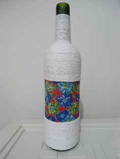 garrafa-grande-decorada-barbante