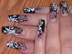 80 Winter Black and White Nail Art Designs - Nails C Fabulous Nails, Gorgeous Nails, Fancy Nails, Trendy Nails, Black And White Nail Designs, Black White, Pretty Black, Long Black, Flower Nails