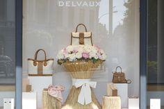 Витрина магазина Delvaux в Брюсселе, Бельгия