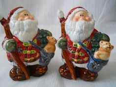 Santa Claus Salt and Pepper Shakers - vintage, collectible, Christmas by DEWshophere on Etsy