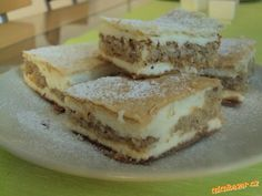 Ořechovo listové řezy jedinečné. Pancakes, Sandwiches, Food And Drink, Sweets, Breakfast, Hampers, Morning Coffee, Gummi Candy, Candy