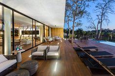 House 01 by  ES Arquitetura
