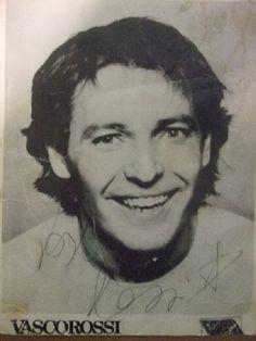 1980: headshot Vasco Rossi