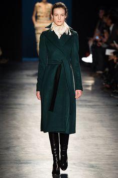 Altuzarra Fall 2014 Ready-to-Wear Fashion Show - Kayley Chabot