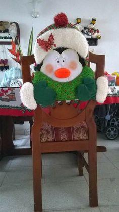 . Christmas Sewing, Christmas 2017, Christmas Holidays, Christmas Crafts, Xmas, Christmas Ornaments, Cute Christmas Ideas, Chair Covers, Mistletoe