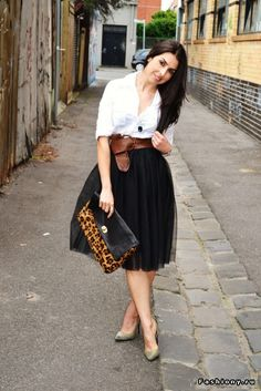 Black tulle skirt and white top with leopard print clutch and brown belt!  Cute