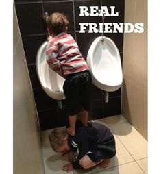 Friendship is the best thing that happens in our life, and the real friendship is you never leave your friends alone keep disturbing them ! whats is friendship without some fun & Humor, below i… Funny Couples Texts, Funny Texts, Funny Jokes, Couple Texts, Super Funny, Funny Cute, Monthly Quotes, Real Friends, Funny Pins