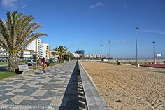 Figueira da Foz - PORTUGAL - used to be home....just across the street from here!!
