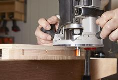 Here's how guide bushings make your woodworking easier, faster, and more accurate. Dovetail Router Bits, Plunge Router, Barrel Projects, Router Jig, Wood Magazine, Porter Cable, Woodworking Store, Panel Doors, Can Opener