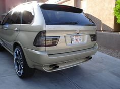 memoloko 2002 BMW X5's Photo Gallery at CarDomain