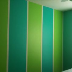 Maybe this blue ceiling in room, and seashell lamp can be green, and then these two colors for lounge walls and ceiling