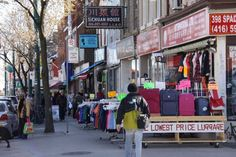 China Town 10+ Things to do on the West End of Toronto http://wp.me/p1VYcK-j1