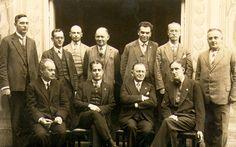 Bad Kissingen 1928  1928 wurde das Turnier in Bad Kissingen zu einem grossen Erfolg für Bogoljubow, er siegte mit 8 Punkten aus 11 Partien vor Capablanca, der auf 7 Punkte kam. Auf der Rückseite erkennen wir die Unterschriften der Teilnehmer