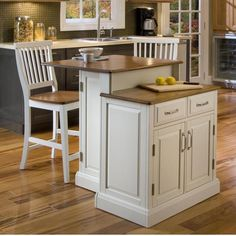 Perfect kitchen Island for small spaces!
