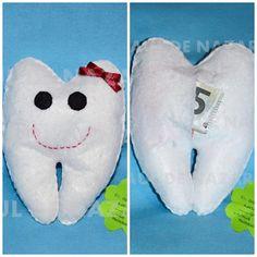 Aquí os dejo el diente guardadiente, para que haya variedad para elegir entre ratoncitos o esto.  www.facebook.com/lasideasdenaza  Saluditoss