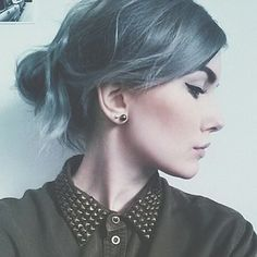28 Trendy Ideas For Grey Hair Girl Selfie Hair Dye Colors, Hair Color, Pretty Hairstyles, Girl Hairstyles, Silver Grey Hair, Gray Hair, Dye My Hair, Going Gray, Pastel Hair