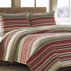 Features:  -Yakima Valley collection.  -Material: 100% Cotton with Cotton Rich Fill.  -Chevron reverse.  -Machine washable.  -Red stripes are complimented with pops of brown and khaki accent.  -Vibran