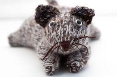 Ravelry: Tunisian Cat pattern by Jennifer Raymond Beginner Crochet Projects, Crochet Patterns For Beginners, Crochet Toys, Knit Crochet, Tunisian Crochet Patterns, Cat Pattern, Knitting Designs, Ravelry, Fingers