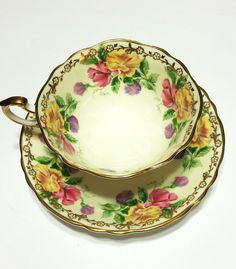 Vintage Paragon Tea Cup, Sweet Pea Pattern, Gold Trim and Floral Motif, Scalloped, Mother's Day, Bridal Shower, Wedding Gift, 1950s