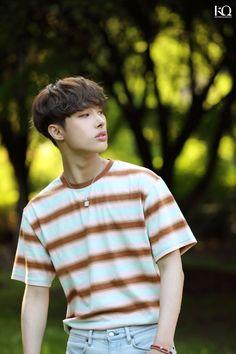 Y'en a jamais assez 🤣 # Fanfiction # amreading # books # wattpad Yg Entertainment, Meme Photo, Woo Young, Kim Hongjoong, Kpop Guys, One Team, K Idols, My Boys, Boy Groups