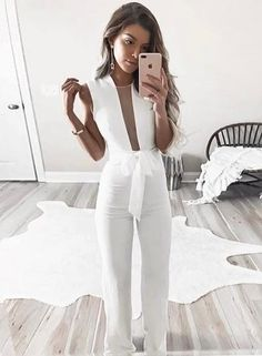 7f9bc3cfab60 V Neck Sleeveless Lace-up Solid Color Jumpsuit
