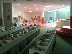 Biblioteca Municipal de Lloret de Mar - Sala Infantil #Bibliolloret