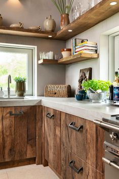 cute home decor Farmhouse Kitchen Decor, Home Decor Kitchen, Interior Design Kitchen, New Kitchen, Home Kitchens, Rustic Kitchen Design, Küchen Design, House Design, Floating Shelves Kitchen