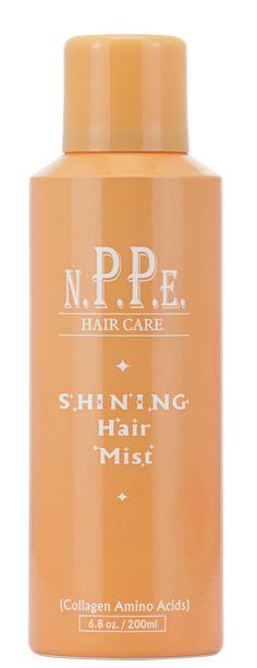 Shinig Hair Mist. Spray de brilho com aminoácidos de colágeno. Brilho, maciês de perfume. Trata os fios. Destaca a cor natural e os reflexos.