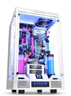 TT Premium Modder Edition Chassis - Thermaltake and Watermod France Design Collaboration