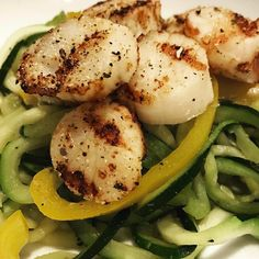 Tonight was our first attempt at grilling dry sea scallops   Brought the grill to 400. Seasoned with my I  Garlic seasoning just before putting on the grill. Cook 3 minutes on each side. Paired with zucchini noodles and it was time to eat.  I will definitely be grilling scallops again soon!!  . #grilltotable #lehighvalley #fresh #wholefood #eatclean #cleaneating #fit #fitfood #organic #yummy #delicious #mealprep #protein #meals #garlic #paleo #diet #lowcarb #flavor #instagood #seasoning…