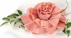 Цветок из колбасы - мастеркласс по украшению вторых блюд