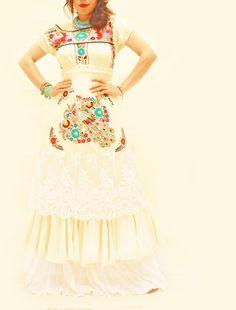 Stupendooooo! Handmade Mexican embroidered vintage wedding dress from Aida Coronado