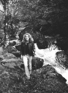 """The screaming banshee with badass hair, Robert Plant. (i love you) Banshee: """"Spirit whose wail portends death in a house (Irish and Scotch)"""" (in concise Oxford Dictionary) In french : """"Esprit dont le gémissement annonce la mort dans une maison"""""""