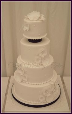 Floral White Wedding Cake - Cake by CraftyMummysCakes (Tracy-Anne)