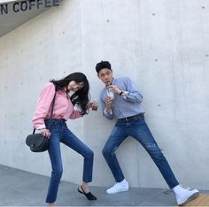 g # books # wattpad Boy Best Friend Pictures, Boy And Girl Best Friends, Ulzzang Couple, Ulzzang Girl, Korean Couple Photoshoot, Korean Best Friends, Matching Couple Outfits, Fashion Couple, Cute Couples Goals