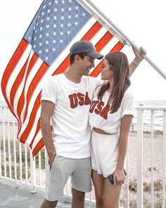 what's a relationship, military relationships, rela Relationship Goals Tumblr, Relationship Pictures, Military Relationships, Cute Relationships, Summer Couple Pictures, Couple Pics, Fourth Of July Pics, Jess And Gabe, 4th Of July Swimsuits